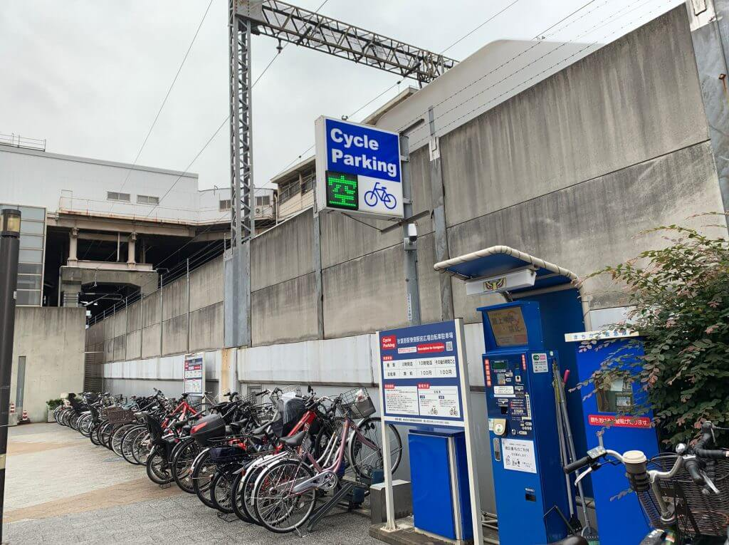秋葉原駅前広場駐輪場