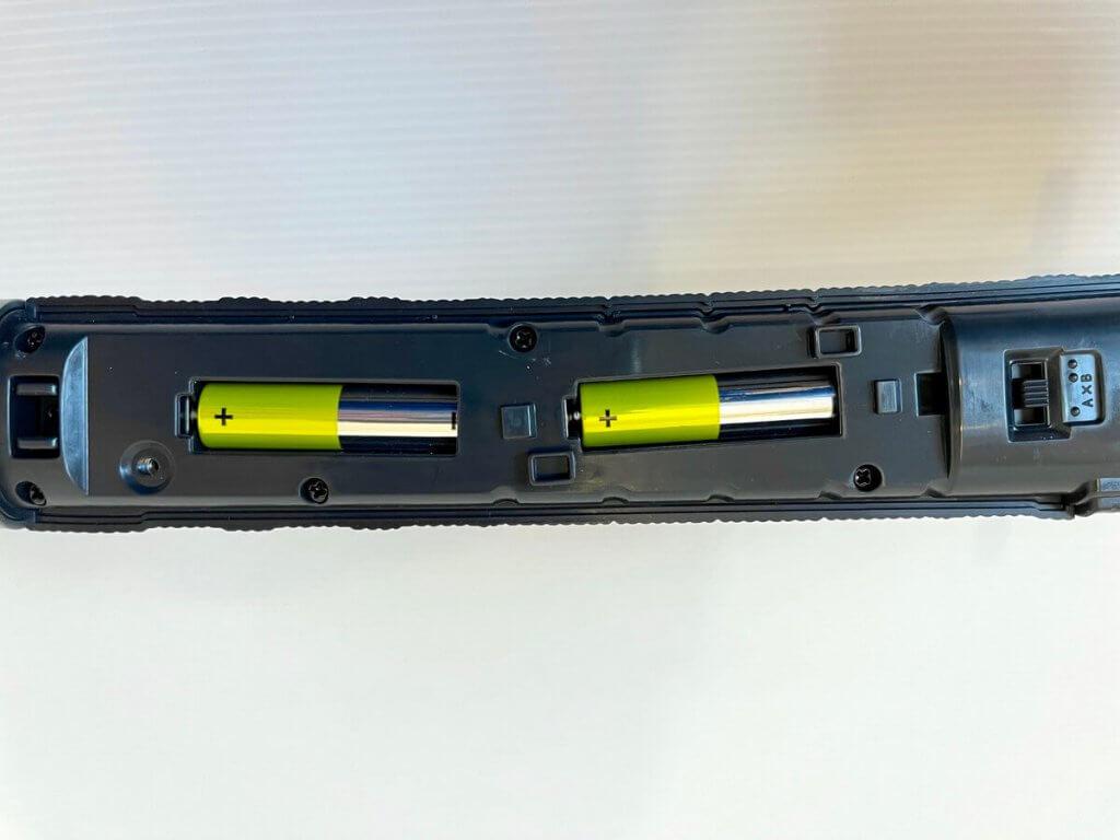 電池をセット