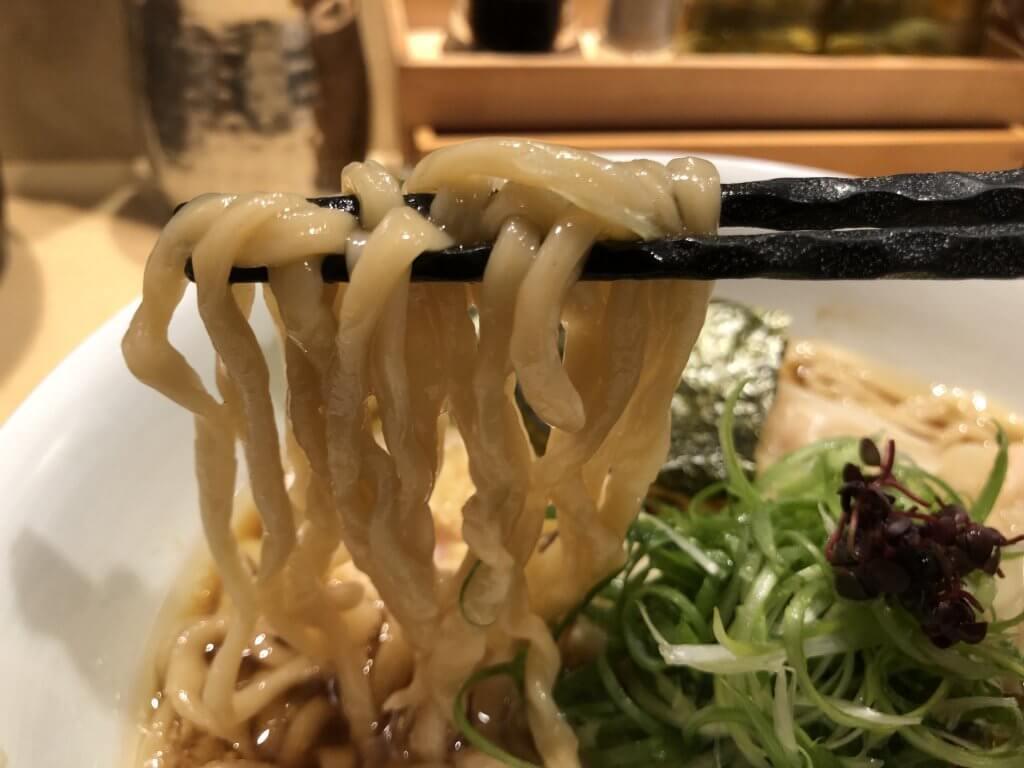 特製醤油そば 手揉み麺