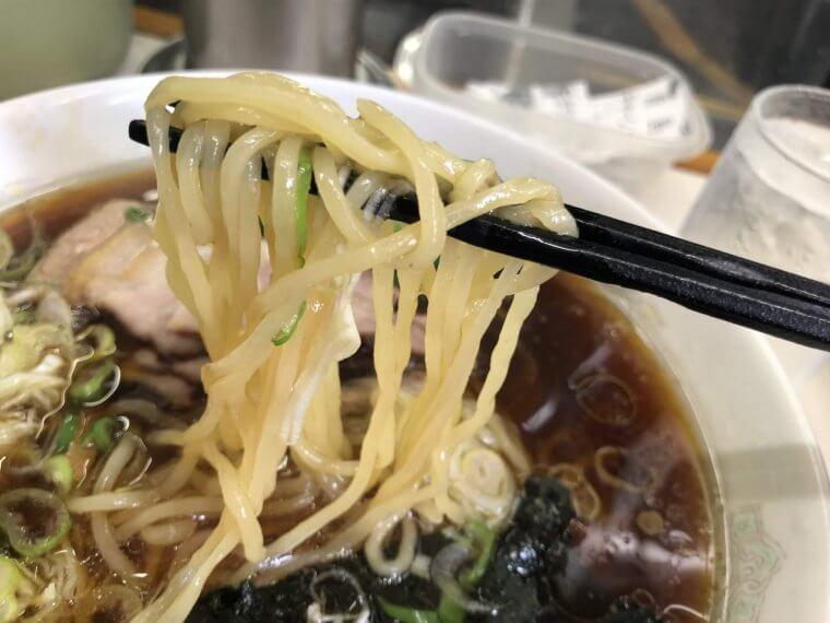 青島食堂 麺